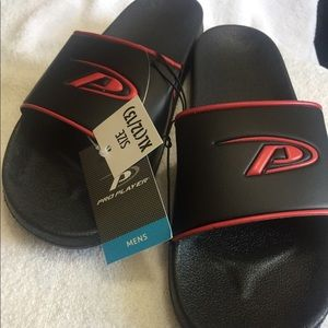 Pro Player Men's Sandals NWT Two Sizes Large/Med
